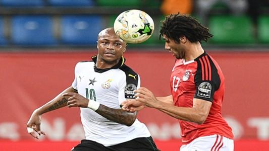 Mohamed Elneny of Egypt and Andre Ayew of Ghana