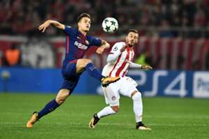 Denis Suarez Diogo Figueiras Olympiakos Barcelona UCL 31102017