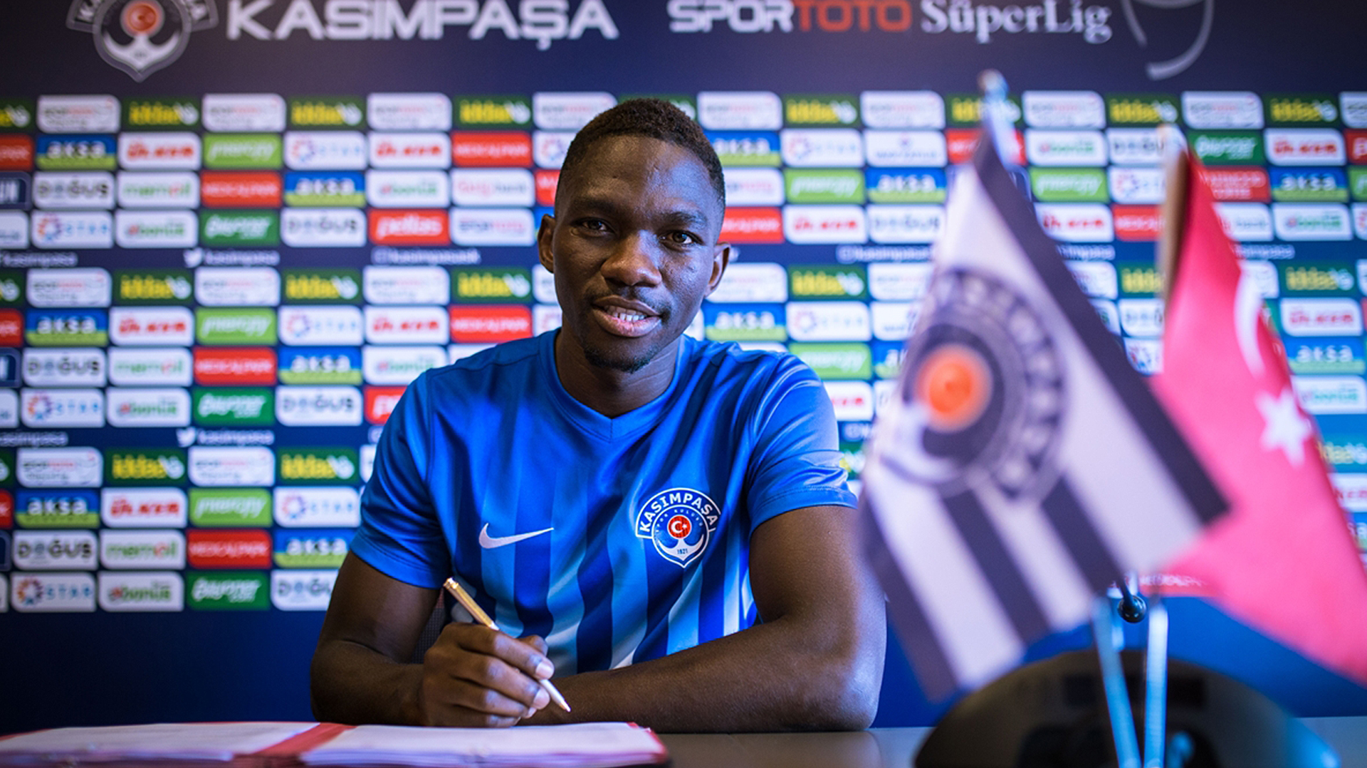 Kenneth Omeru rejoins Kasimpasa on loan