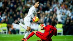 Cristiano Ronaldo, Claudio Bravo