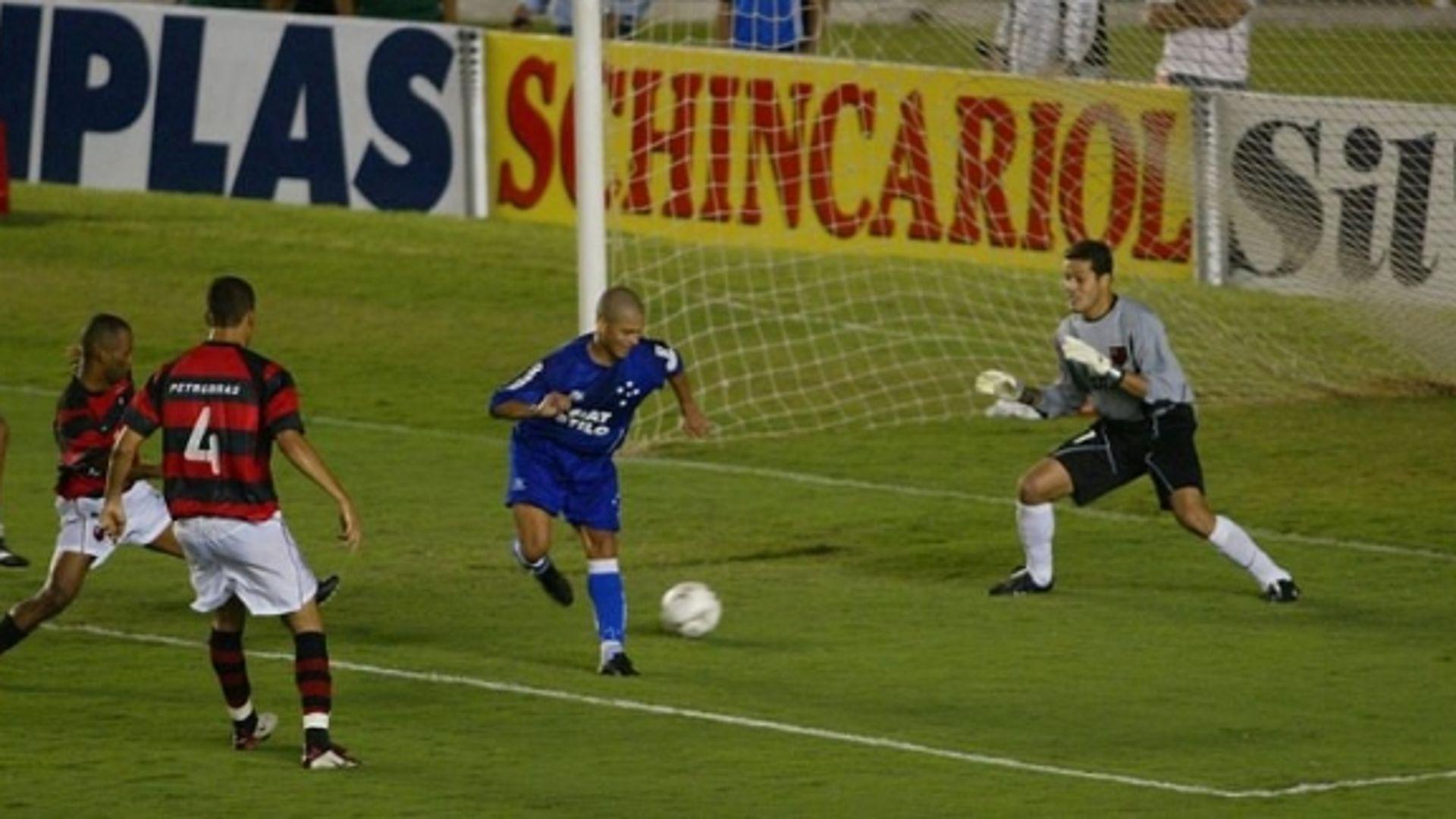 Julio Cesar 2003 Flamengo Cruzeiro