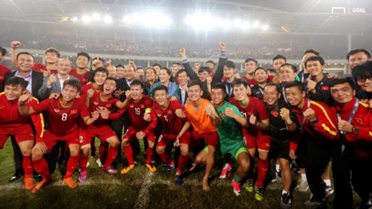 Đội tuyển Việt Nam bất ngờ đổi lịch đến Thái Lan chuẩn bị cho King's Cup 2019   Goal.com