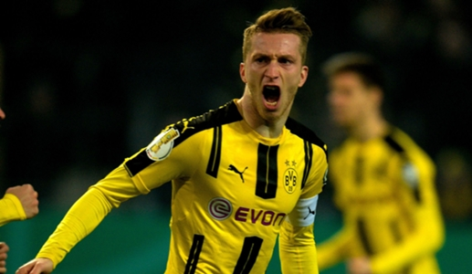 Reus should stay at Borussia Dortmund, says Zorc