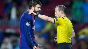 PIque Barcelona Olympiakos Champions League