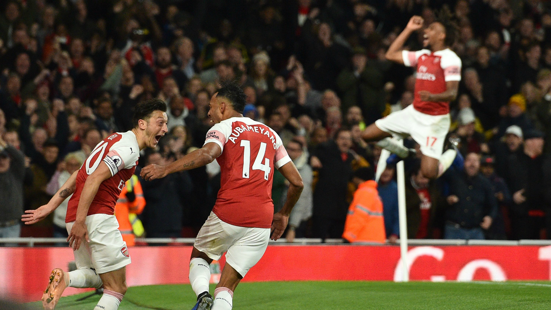 Mesut Ozil, Pierre-Emerick Aubameyang, Alex Iwobi - Arsenal vs. Leicester City