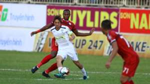 Nguyen Tuan Anh vs Joel Vinicius HAGL Ho Chi Minh City V.League 2019