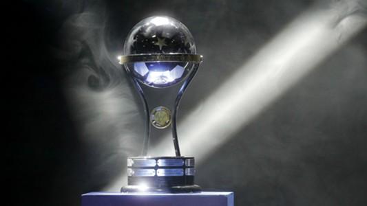 Copa Sudamericana trophy trofeo