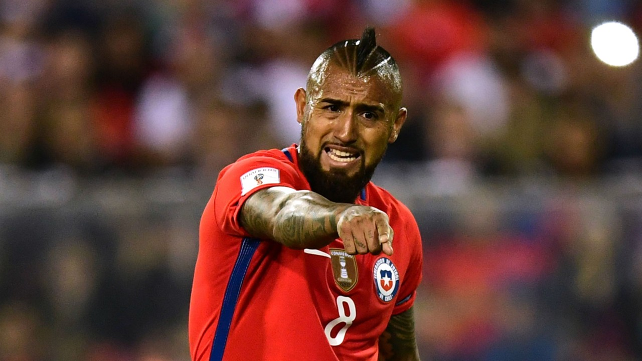 Arturo Vidal to remain with Chile after World Cup elimination