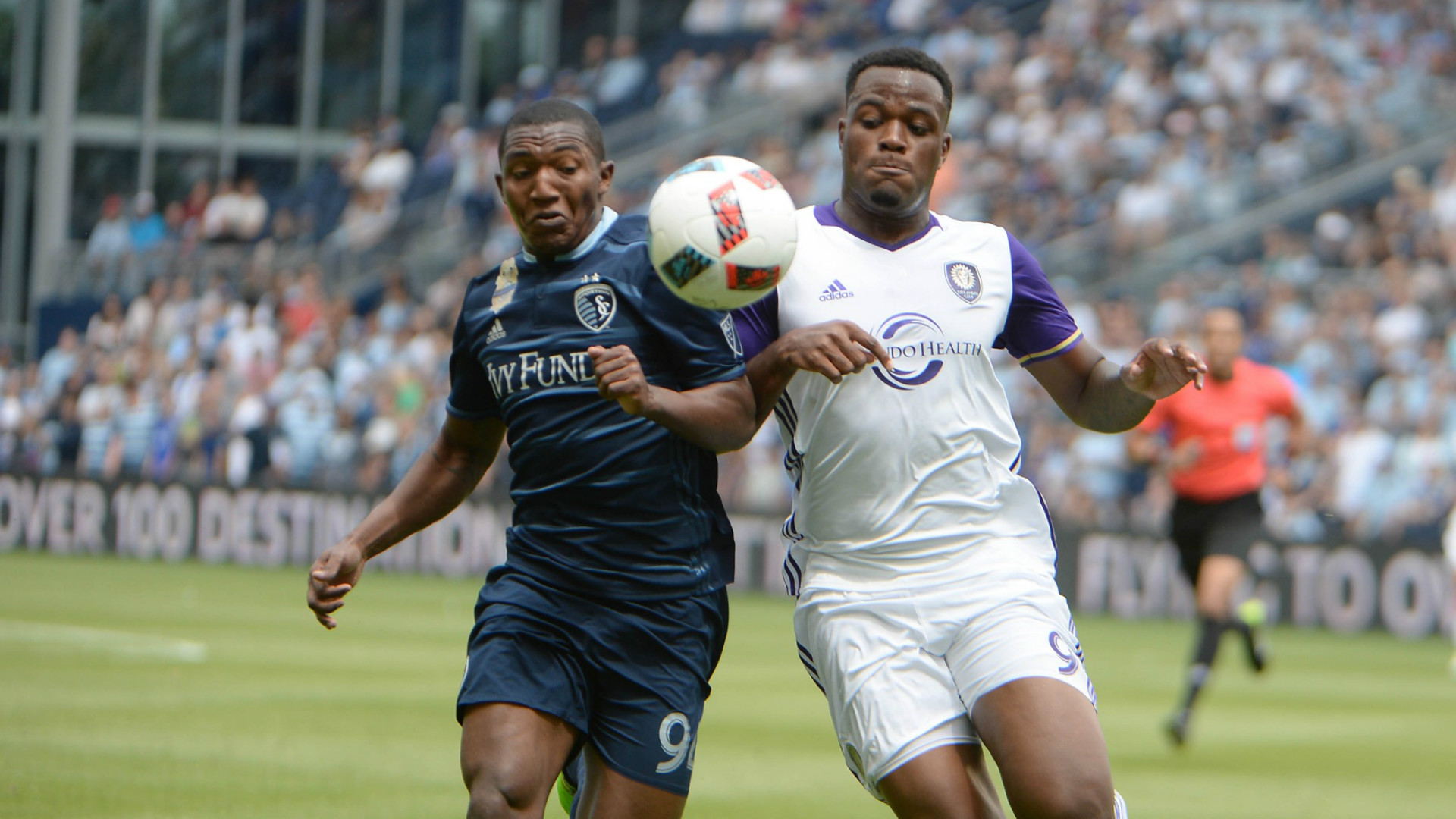Jimmy Medranda Cyle Larin MLS May 15 2016