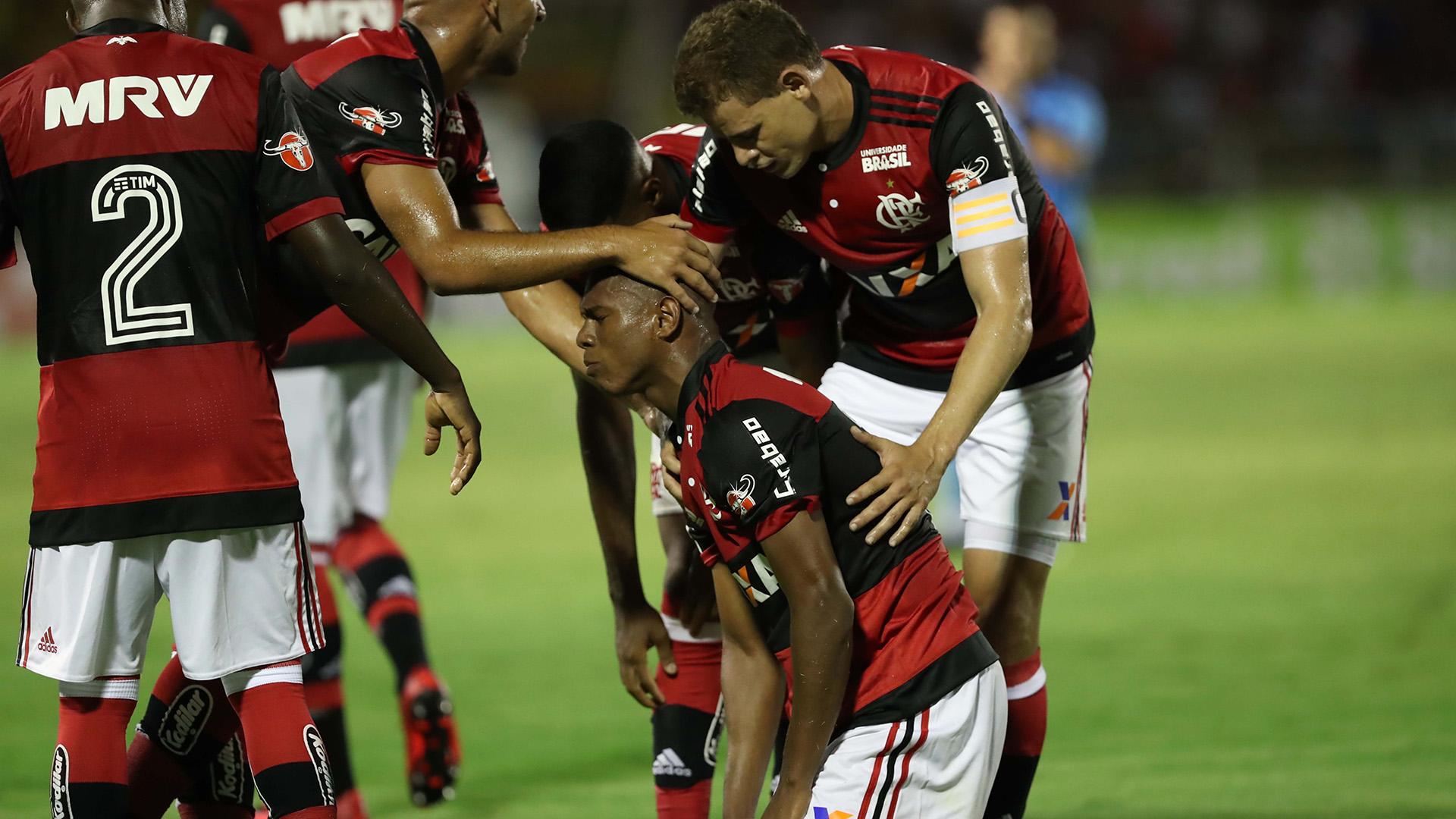 Lucas Silva Volta Redonda Flamengo Carioca 17012018