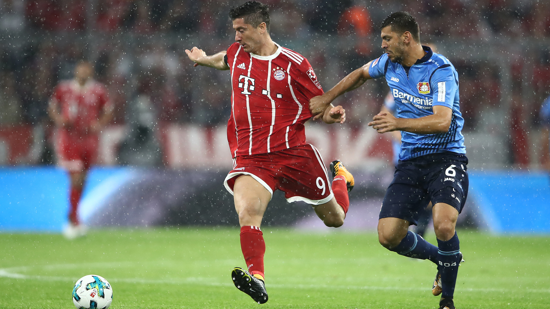 Bundesliga, il Bayern è ancora inarrestabile: Leverkusen al tappeto