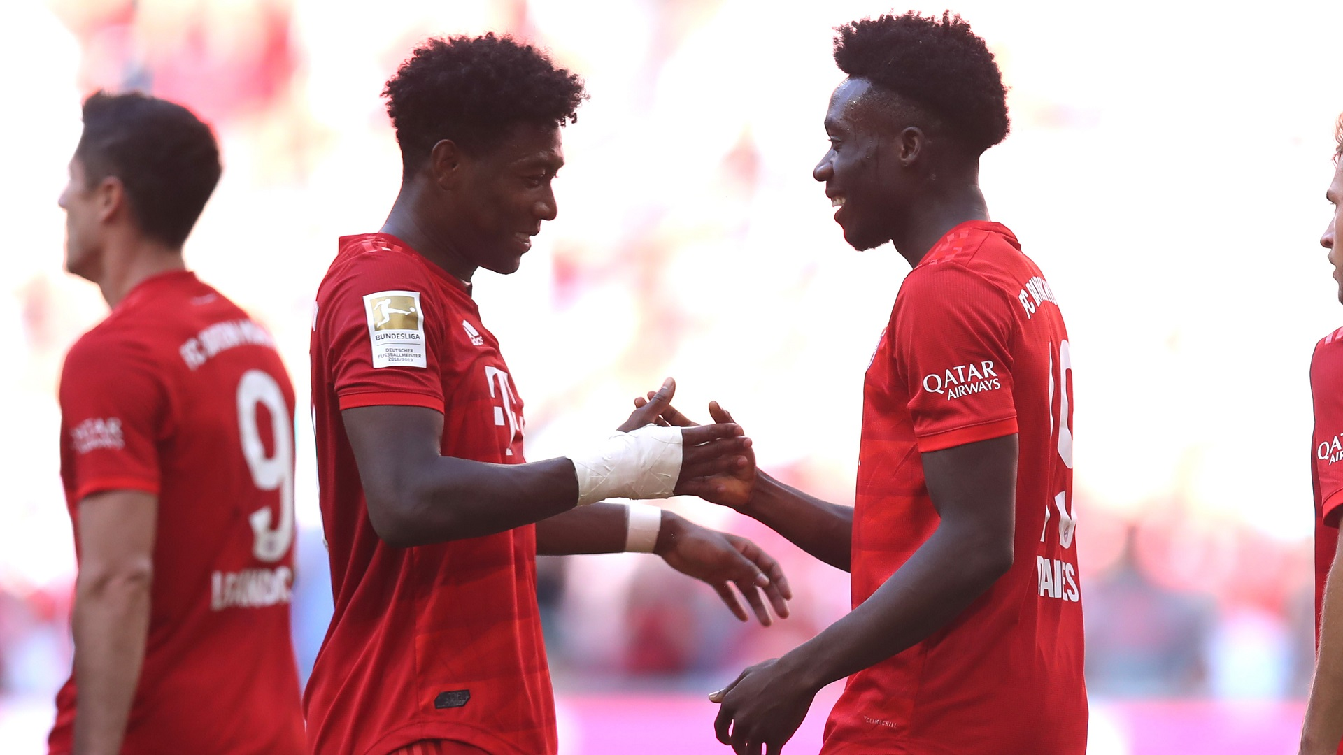 David Alaba Alphonso Davies Bayern Munich 2019