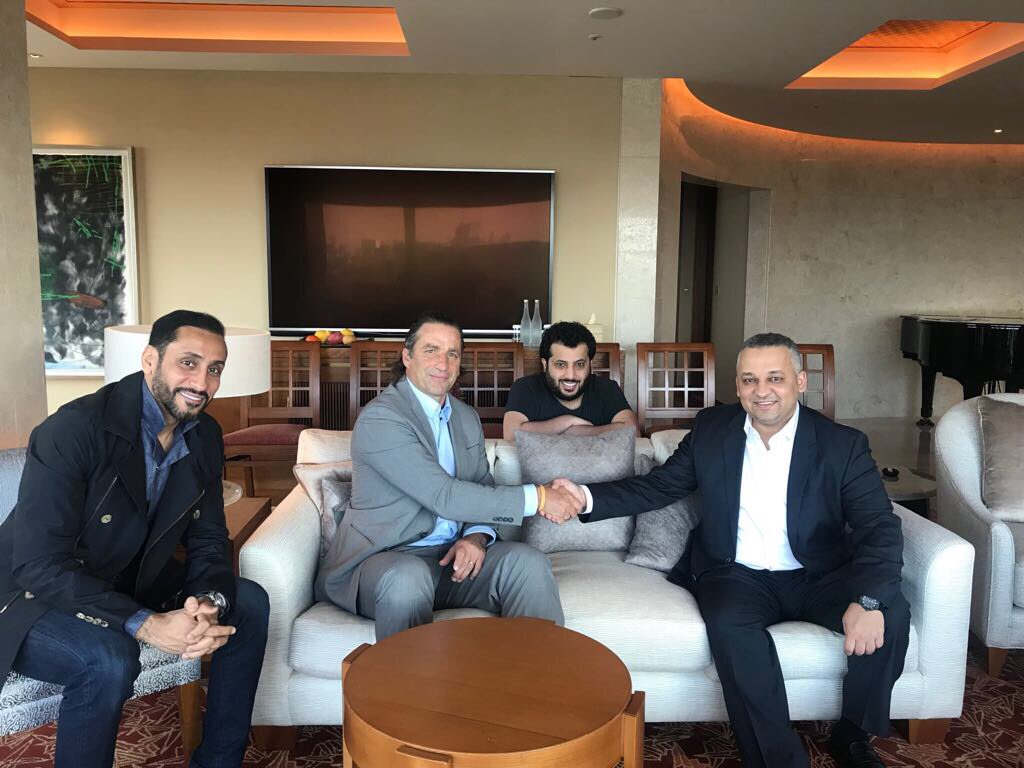 Juan Antonio Pizzi signs for Saudi Arabia