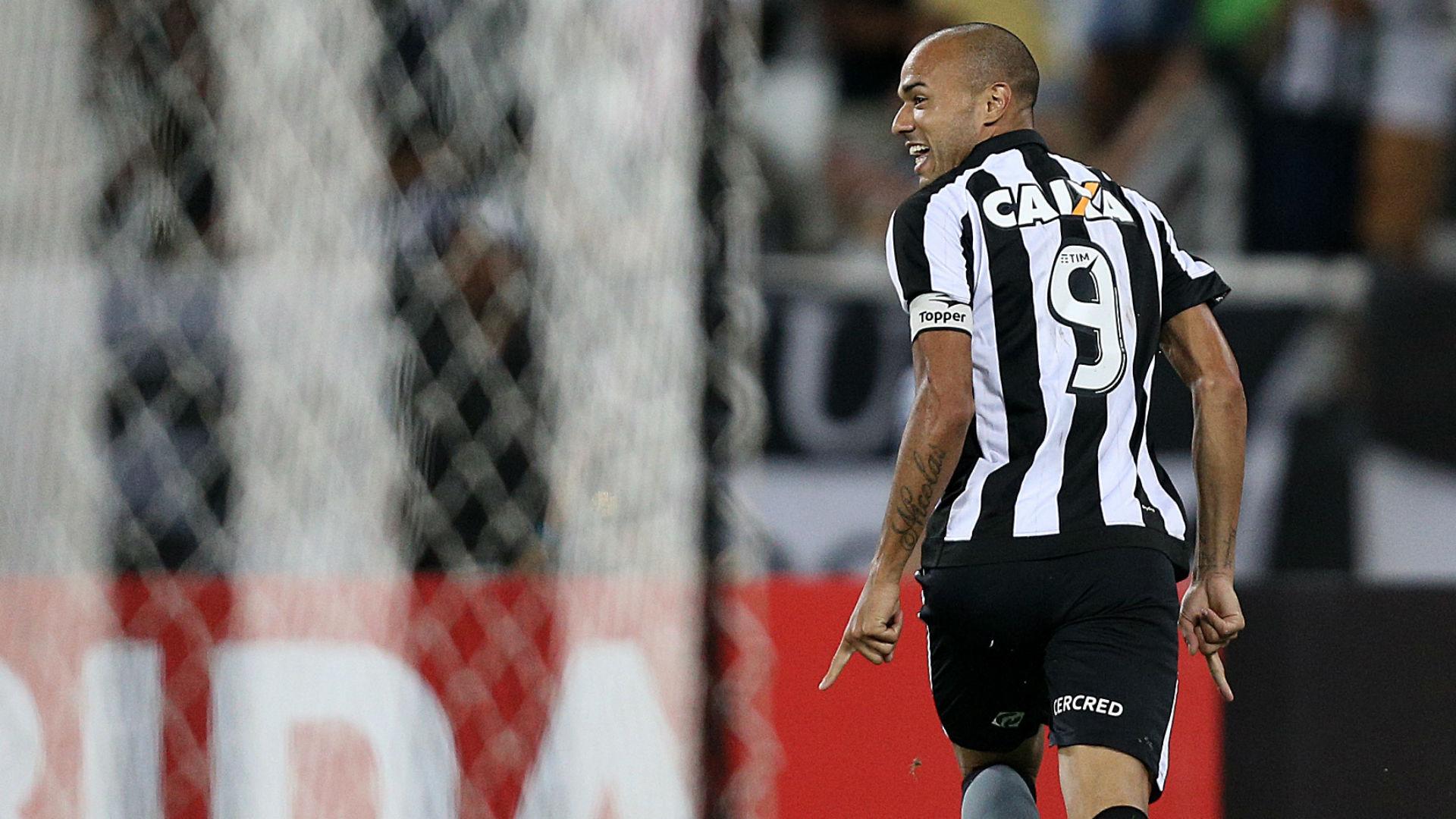 Roger Botafogo Flamengo Brasileirão 11 09 2017