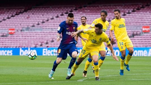 Lionel Messi Ximo Navarro Barcelona Las Palmas LaLiga 01102017