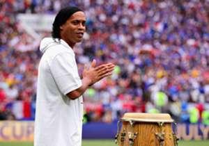 RONALDINHO | Ex-Fußballer, Weltmeister 2002 mit Brasilien