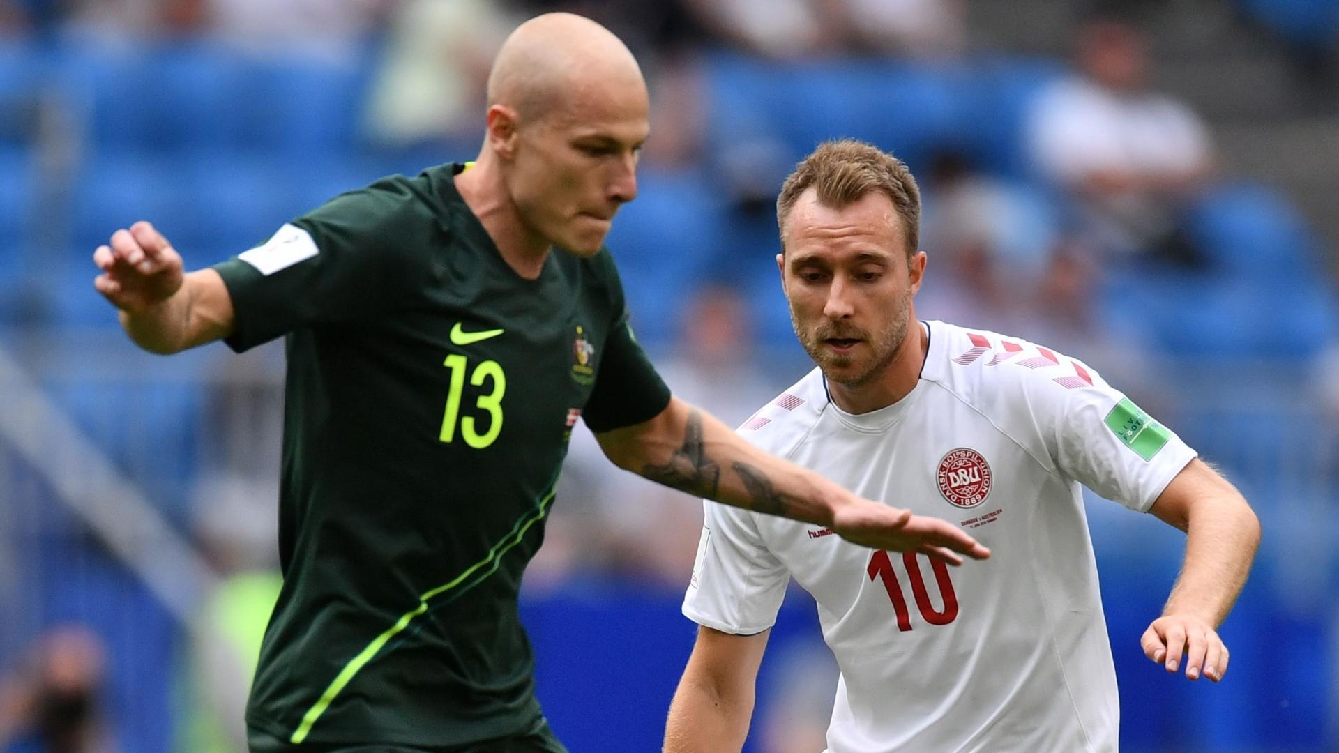 Aaron Mooy, Christian Eriksen, Denmark vs Australia