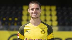 Julian Weigl Borussia Dortmund 10082018