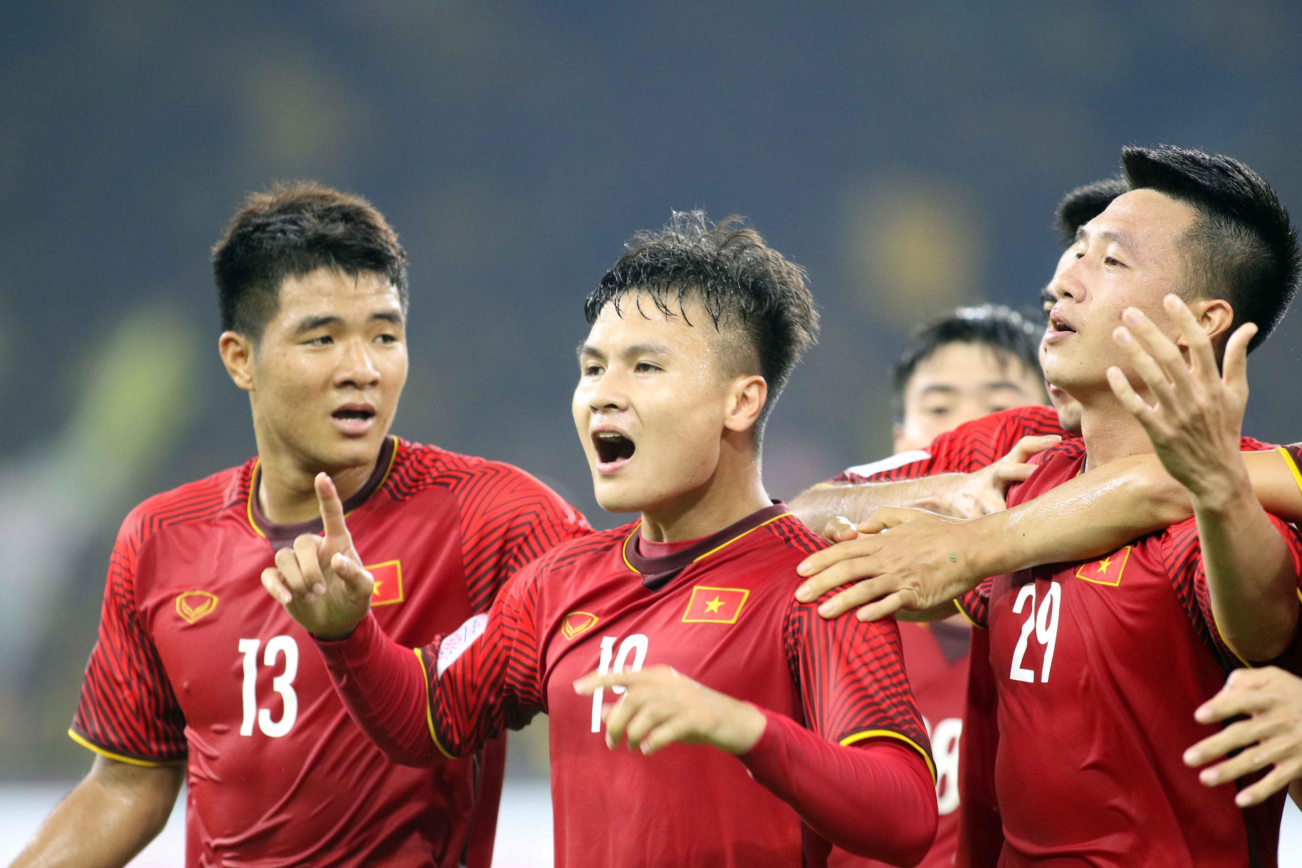 Duc Chinh Quang Hai Huy Hung Vietnam Malaysia AFF Cup 2018
