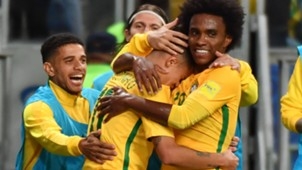 Coutinho Willian Brazil Ecuador Eliminatorias 2018 31082017