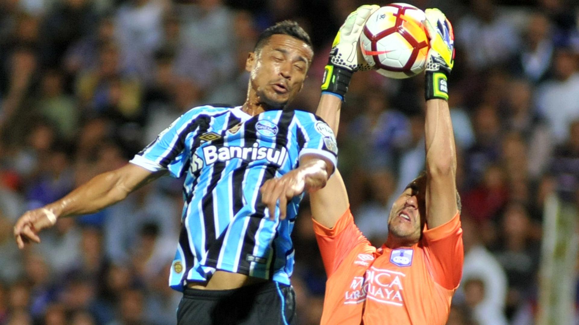 Defensor Gremio 27022018 Copa Libertadores Cicero Guillermo Reyes