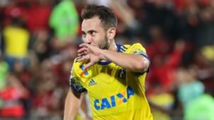Everton Ribeiro Flamengo Coritiba Brasileirão 22 07 2017