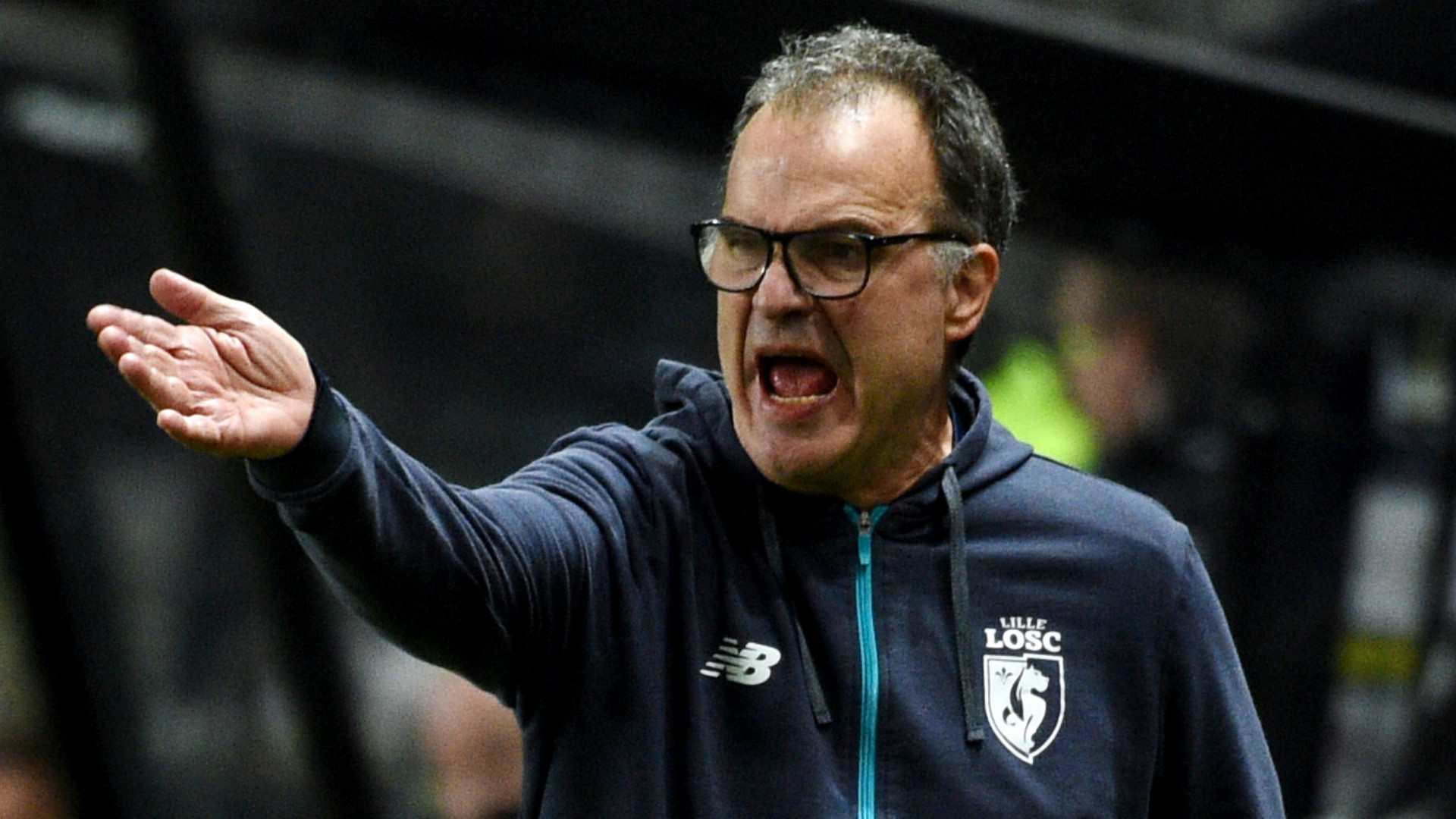 Leeds lining up move to hire Bielsa