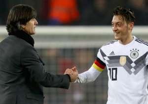 Mesut Özil wird nie wieder mit dem Adler auf der Brust auflaufen und kehrt dem DFB den Rücken. Goal präsentiert Euch die Zahlen zur DFB-Karriere des einstigen Zehners.