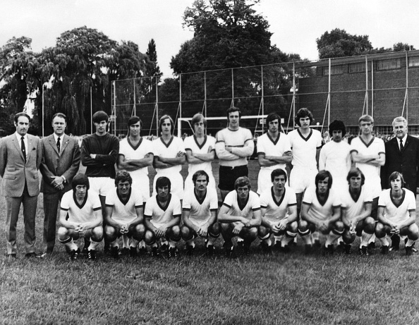 Wim Suurbier (Standing fourth from right)