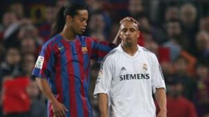 Ronaldinho Robert Carlos Barcelona Real Madrid 2006