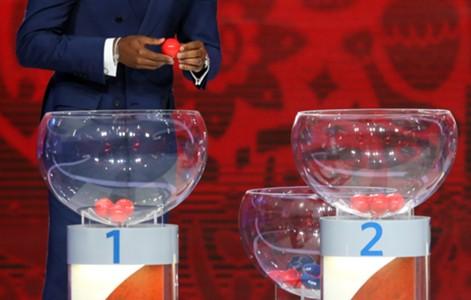 Image result for ฟีฟ่ายันจับติ้วบอลโลกไม่มีบอลร้อนบอลเย็น
