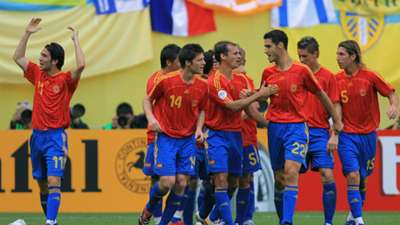 Xabi Alonso Spain Ukraine World Cup 2006