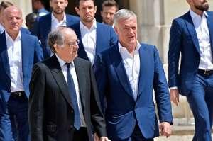 Équipe de France : Le Graët évoque une prolongation de Deschamps