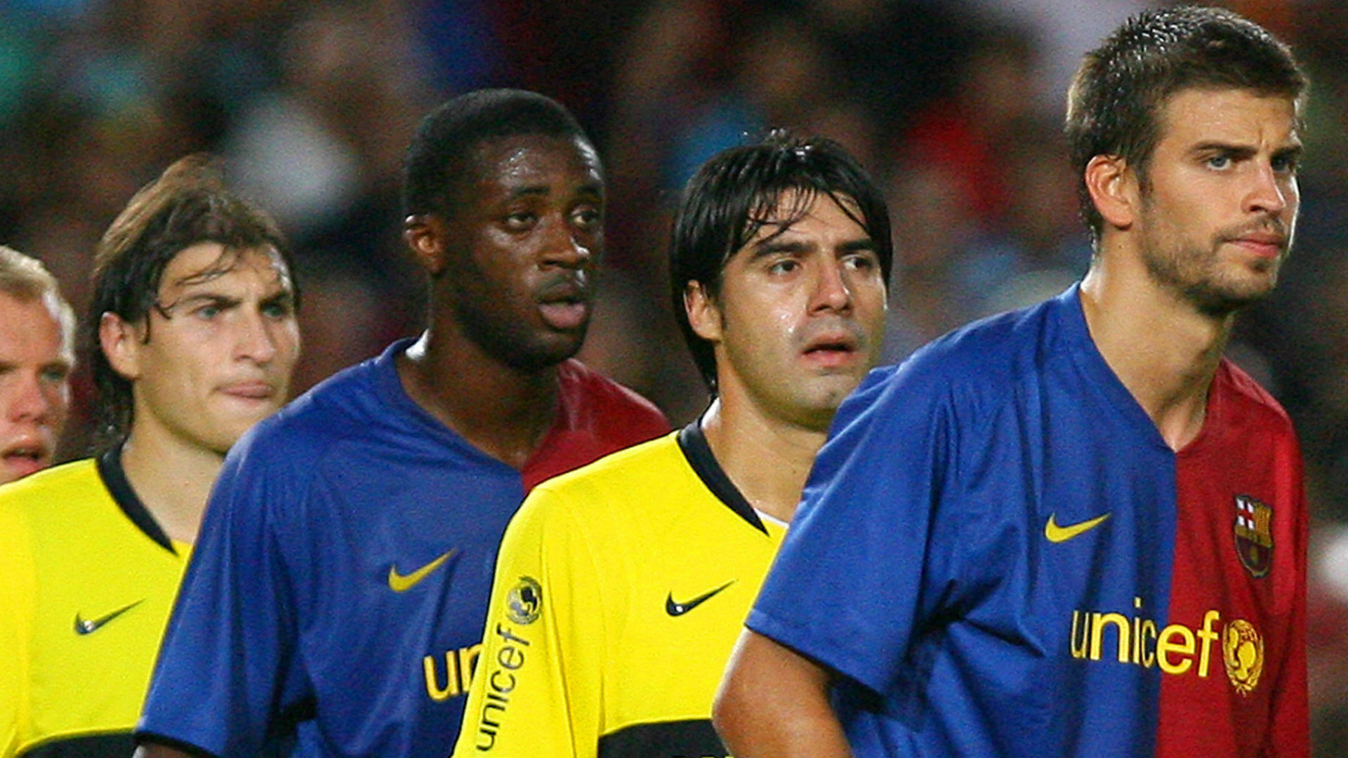 Gerard Pique Toure Yaya Eidur Gudjohnsen Julio Cesar Caceres Gabriel Paletta Barcelona Boca Joan Gamper Trophy 2008