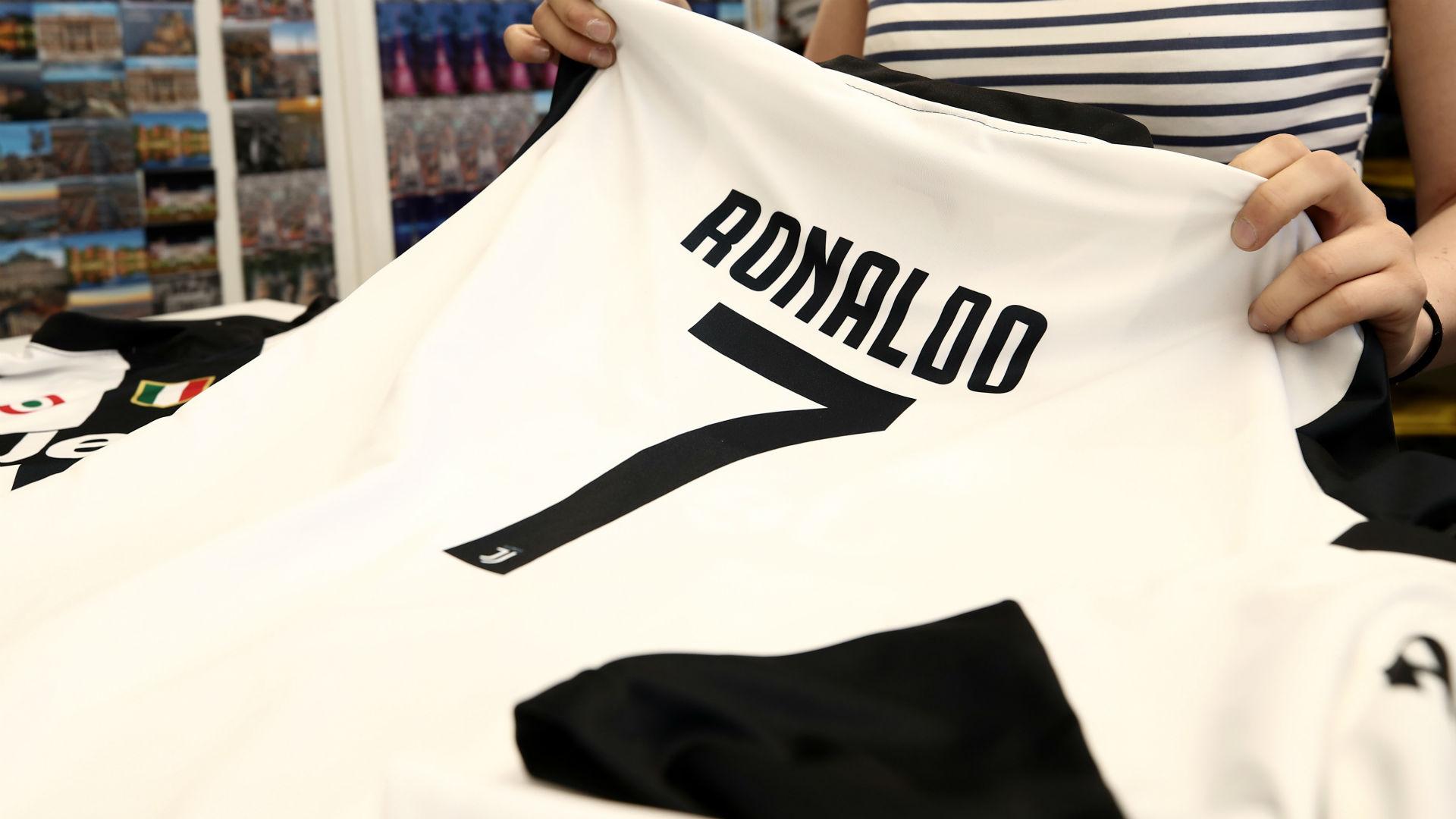 Cristiano Ronaldo jersey Juventus 2018