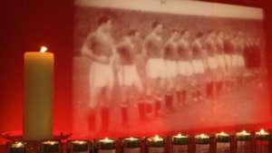 Manchester United Munich air disaster memorial 2008