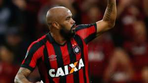 Thiago Heleno Atletico-PR Flamengo Libertadores 26042017