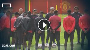 Manchester United tribute gyásszünet