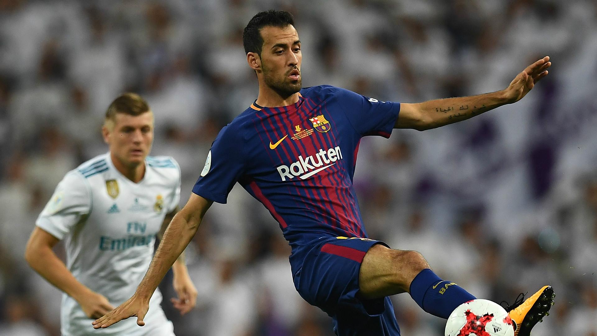 Sergio Busquets Real Madrid Barcelona Supercopa 16082017