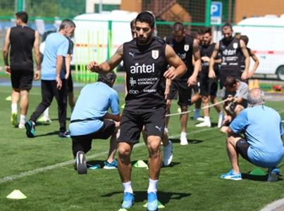Suarez treinamento Uruguai