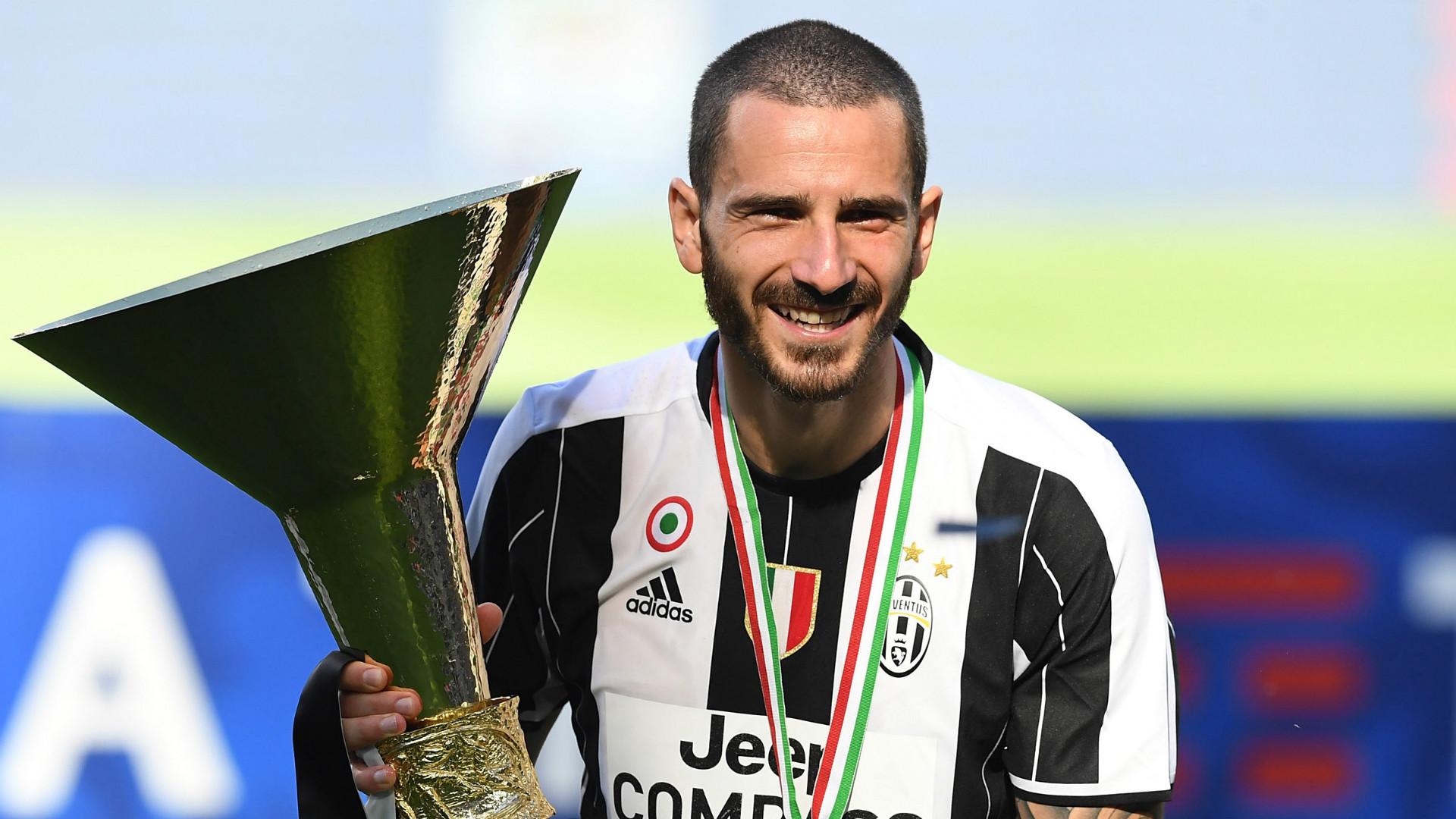 Juventus, si analizza il dopo Bonucci: il favorito è Manolas