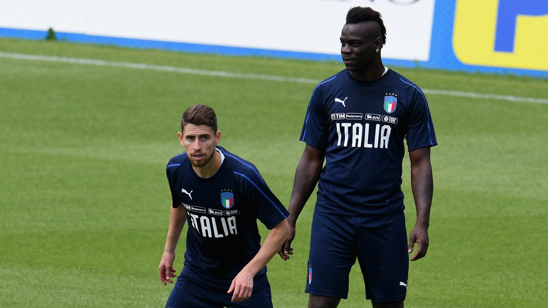 Balotelli takes aim at offensive banner displayed in Italy friendly
