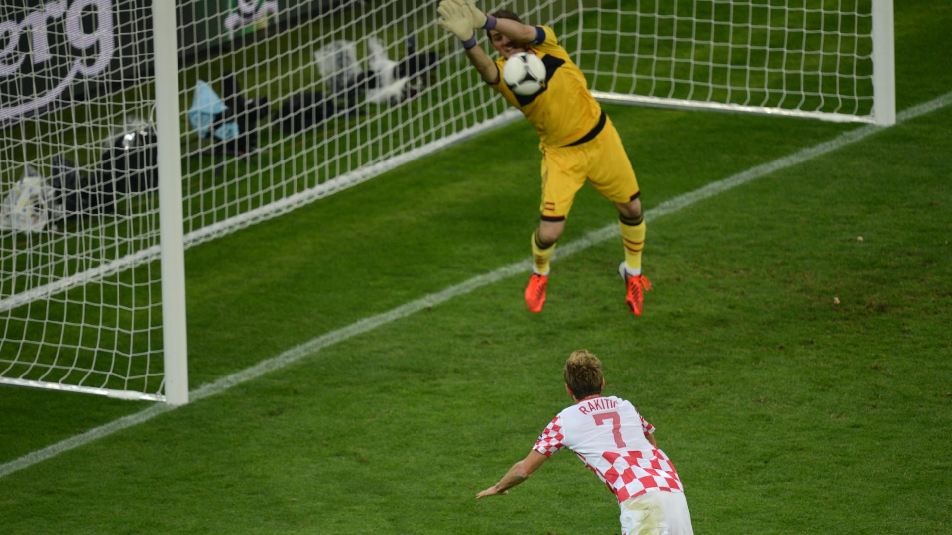 Iker Casillas Ivan Rakitic Croatia Spain 2012