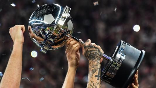 Trofeu Atlético-PR Copa Sudamericana 12122018