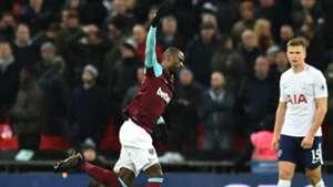 Pedro Obiang West Ham Tottenham
