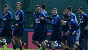Marco Verratti Danilo D'Ambrosio Daniele Rugani Italy training session