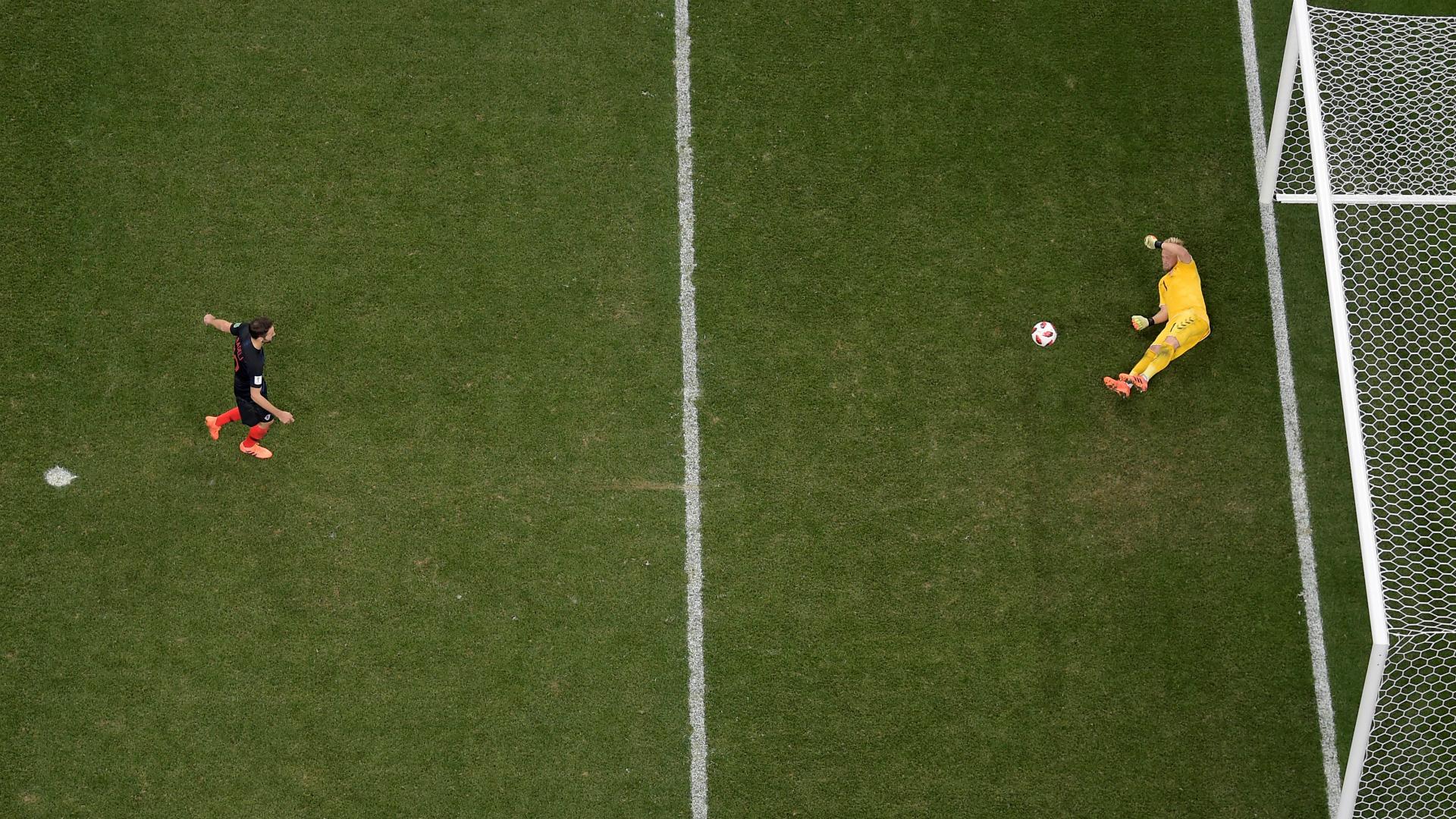 Milan badelj Kasper Schmeichel penalty Croatia Denmark WC 01072018
