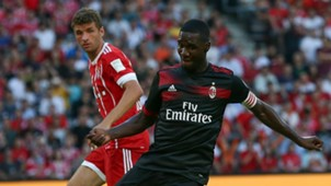 Cristian Zapata Thomas Muller Milan Bayern