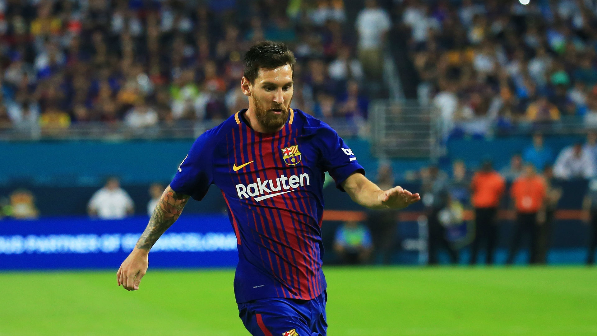 Opponent team fan spat in Lionel Messi 12/21/2015 76