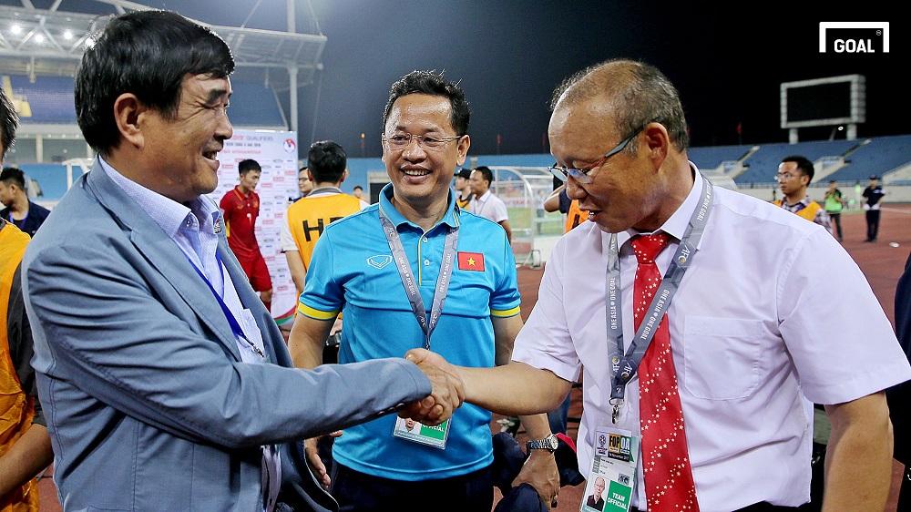 HLV Park Hang-seo - Trợ lý Lê Huy Khoa